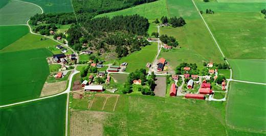 brunnsta-gard520x265.jpg